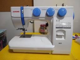 Maquina de costura Janome 3022 [com pouquíssimo uso]