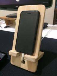 Suporte de madeira para Celular