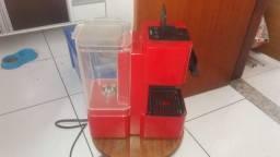 Cafeteira Três Corações Pop Plus Vermelha