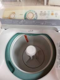 Maquina de lavar roupa 10 kilos 127v