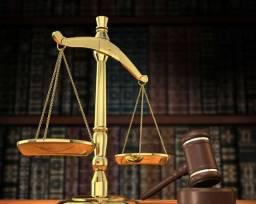 Advogados com 19 Anos de Experiência