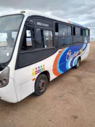 Ônibus Volkswagen ano 2000