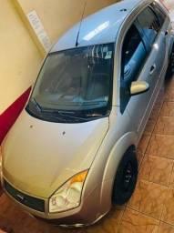 Vendo carro Ford fiesta 1.6 flex 2010