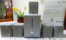 Home Theater com Subwoofer