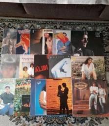 Lote com 32 LPs antigos