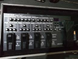 Pedaleira ME80 da boss para guitarra