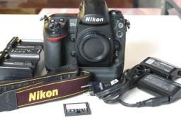 Nikon D3S Corpo + Bateria Extra + Cartao de Memoria em Curitiba