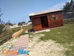 Casa de madeira a 4 quadras do mar em Tramandaí Zona Nova