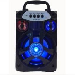 Caixa de som Bluetooth ótimo som e com entrada Usb e cartão de memória