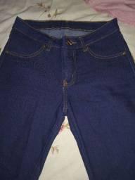 Vendo calça jeans tamanho 36.