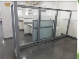 Divisória de vidro para escritório/clínica