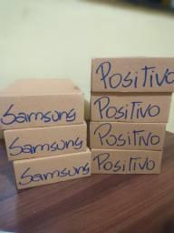 Carregadores Samsung e Positivo