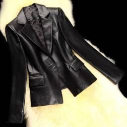 Jaqueta de couro de carneiro