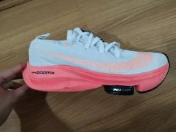 Título do anúncio: Tênis de corrida Nike