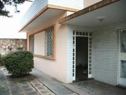 Casa para venda possui 150 metros quadrados com 3 quartos