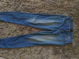 Título do anúncio: Vendo calça forever 21 tamanho 38