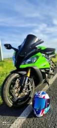 Moto Kawasaki ZX10R impecável