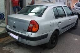 Título do anúncio: Renault Clio Sedan 2005