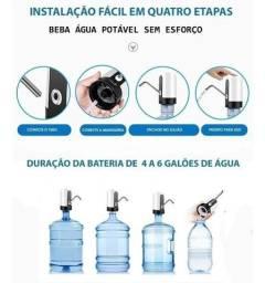 Bomba de água automática recarregável com dois galões