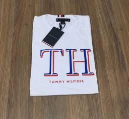Camiseta Tommy Hilfiger  tamanho P veste m tambem