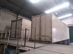 Conjunto 02 Container + 03 Platarformas de aço