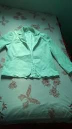 Jaqueta branca por apenas 25 reais