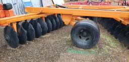 Grade aradora 26 discos 30 Pol. esp 300 mm