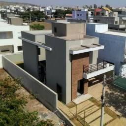 Casa no Condomínio Buona Vita Ribeirão com 3 Suítes e Espaço Gourmet