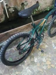 Bicicleta Caloi Cross aro 20 muito nova,pegar e pedalar,,
