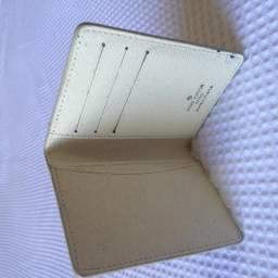 Carteira e Porta Cartão Luis Vuitton