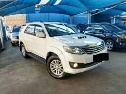 Toyota Hilux SW 4 3.3 SRV 4x4 - 2013