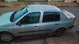Renault clio sedan - 2003