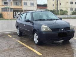 Clio Sedan Autentique 1.0 16v - 2004