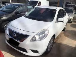 Nissan versa sl 1.6 - 2014