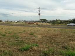 Vendo um terreno Emais parque ao lado do recinto de exposições de Fernandópolis sp