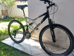 Bicicleta Full Suspention 21 marchas aro 26.<br>Vendo ou troco por aro 29<br><br>