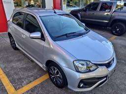 Toyota Etios Platinum 1.5 Flex Aut. Prata 2017