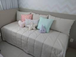 Colcha e Travesseiros para cama de babá