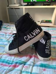 Tênis Calvin Klein cano longo preto n. 39 semi novo.