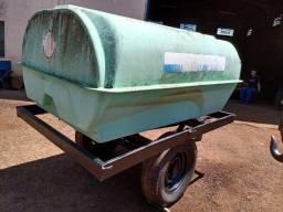 tanque de água com chassis