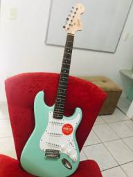 Squier afinnity surf green
