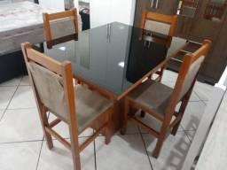 Mesa de vidro 1,20 x 0,90 4 cadeiras peça unica