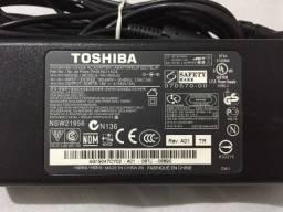 Fonte Original Notebook Toshiba 19v 4.74a - 50w - Bivolt
