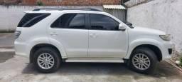 Toyota Hilux SW4 4X2 SR COMPLETA 2013