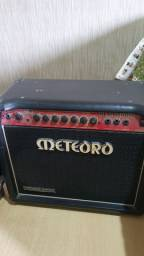 Amplificador de guitarra Meteoro demolidor 50