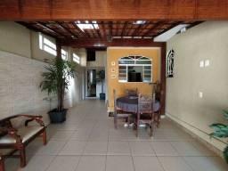 Título do anúncio: Casa à venda com 4 dormitórios em Concórdia, Belo horizonte cod:MUN2883