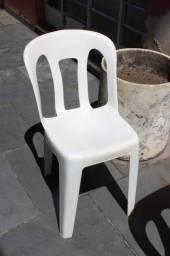 Cadeira s/ Braços Marfinite em Plástico Branco 74 cm x 40 cm x 45 cm