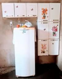 Armário de cozinha de aço Itatiaia
