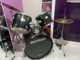 Título do anúncio: Bateria Michael Classic Series