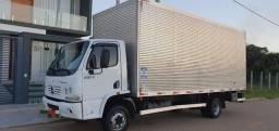 Caminhão Acelo 915